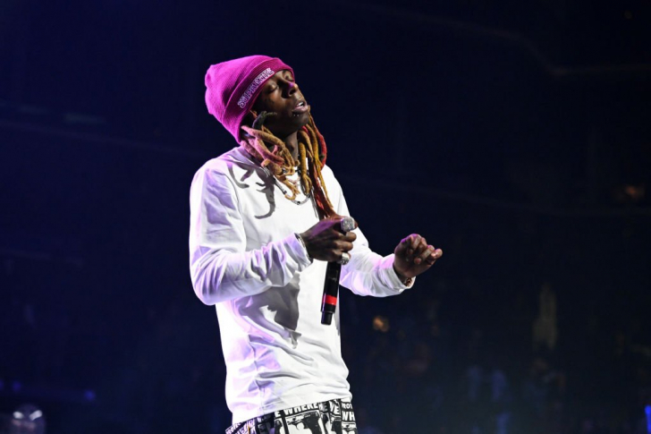 Lil Wayne pulls out of joint Blink-182 show due to illness